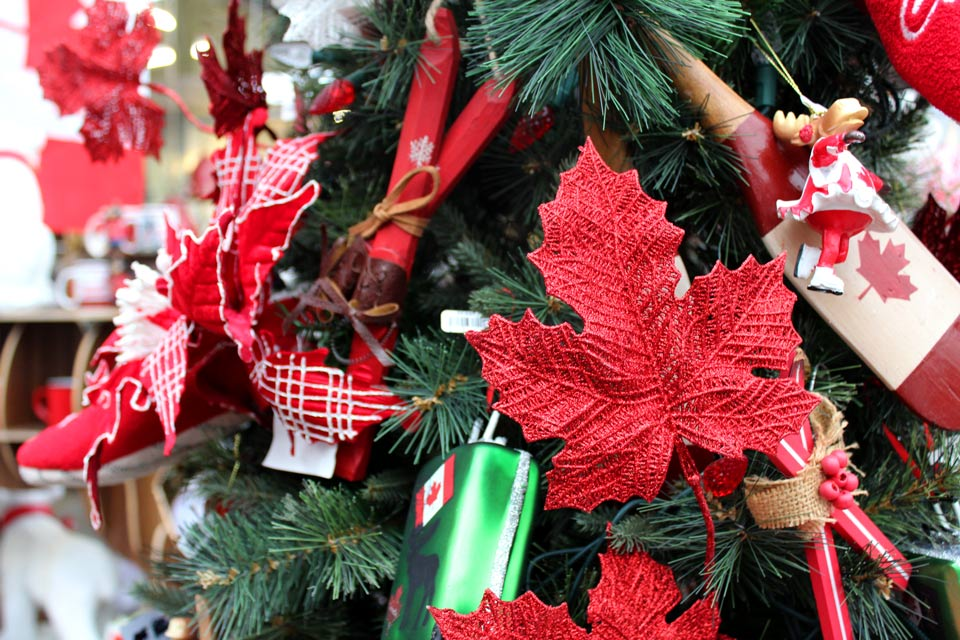 Show your pride for our incredible country with our Canada 150 Christmas  theme. Polar bears, beavers and the iconic maple leaf are the perfect tree  ... - Christmas Theme: Canada 150 - Salisbury Greenhouse